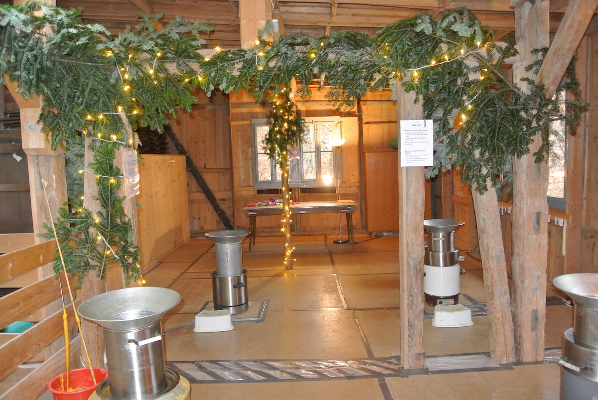 Segetenhaus_Kerzenziehen-3